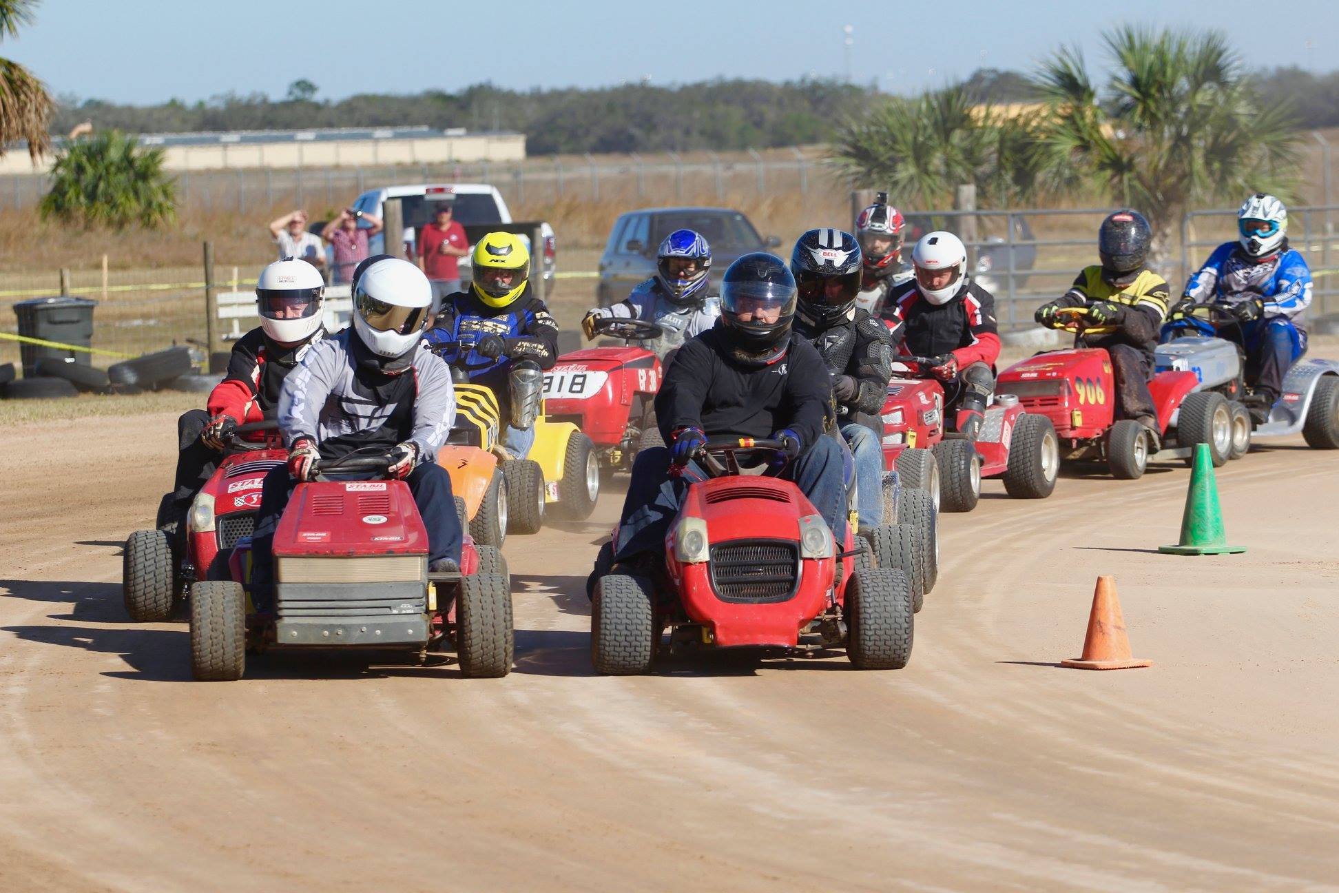 Lawn Mower Racing >> Lawn Mower Racing Season Set To Begin In Avon Park Florida